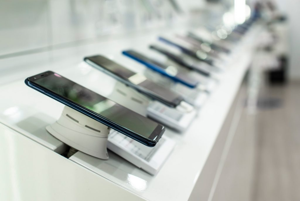 Device farm for mobility testing